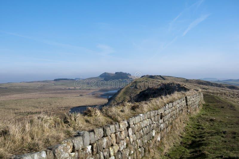 Opinião da parede de Hadrians fotografia de stock