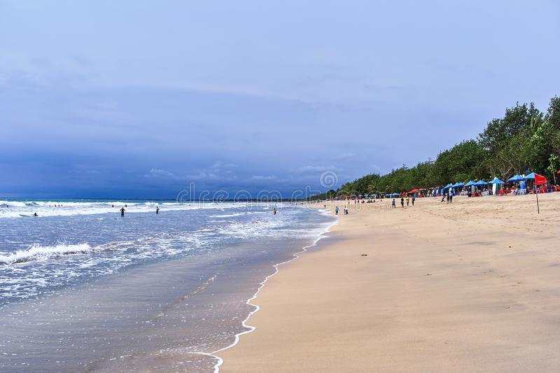 Opinião da praia de Kuta, ilha de Bali imagem de stock royalty free
