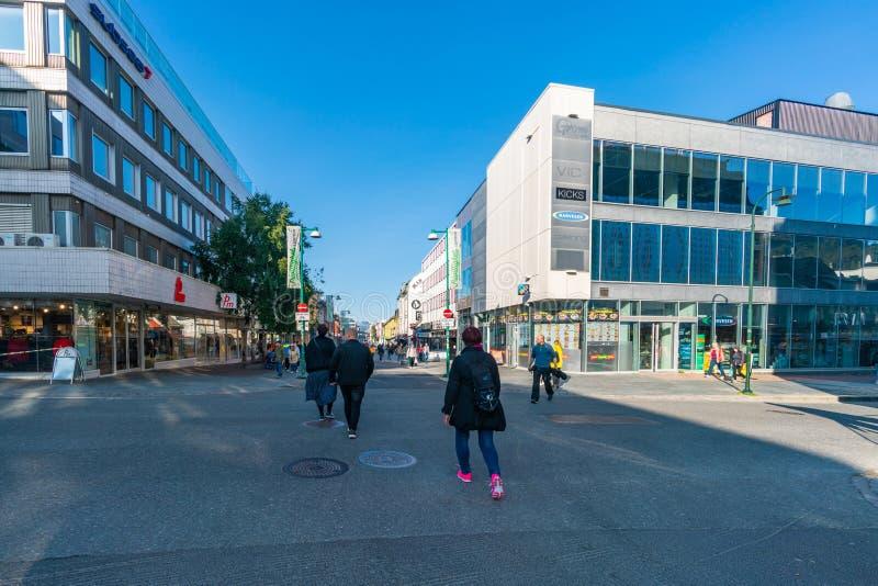 Opinião da rua de Tromso, Noruega foto de stock royalty free