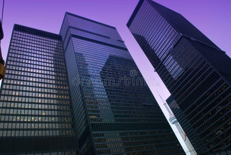 Opinião da rua, para baixo cidade, Toronto, Ontário, Canadá foto de stock
