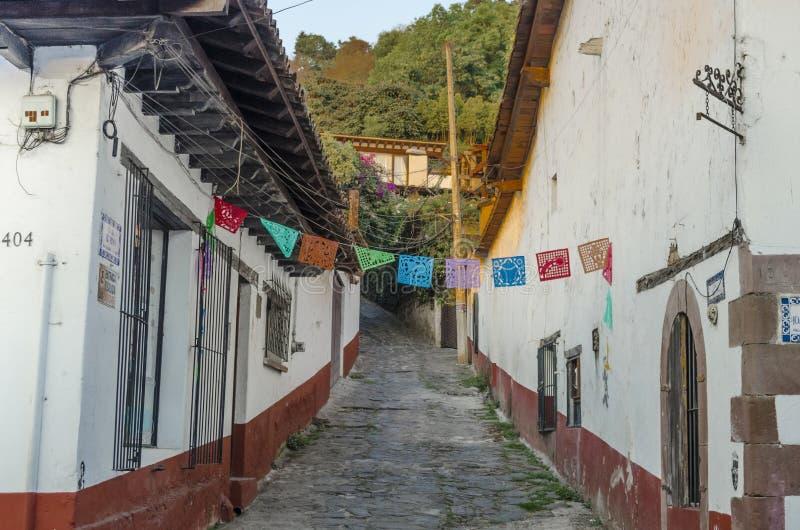 Opinião da rua Valle de bravo, México foto de stock royalty free