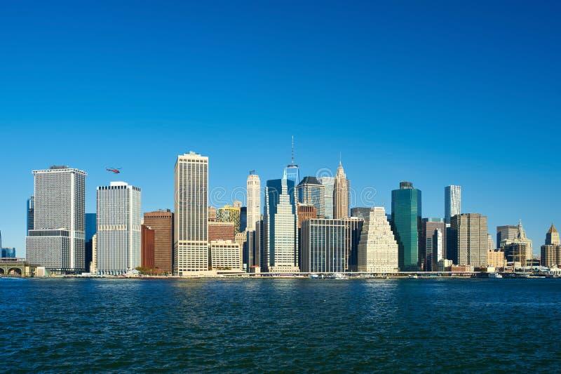 Opinião da skyline do Lower Manhattan de Brooklyn fotografia de stock royalty free