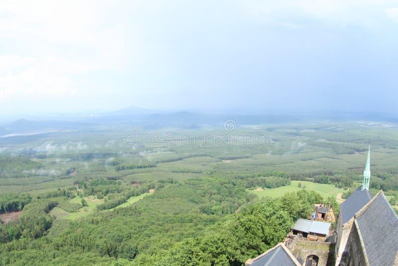 Opinião da torre, castelo de Bezdez fotos de stock