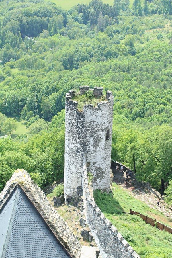 Opinião da torre, castelo de Bezdez imagens de stock royalty free