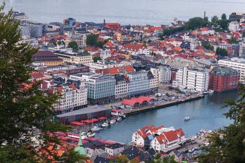 Opinião de ângulo alto de Bergen noruega imagem de stock