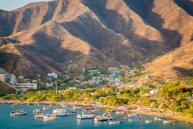 Opinião de ângulo alto bonita da praia de Tanganga dentro fotografia de stock royalty free