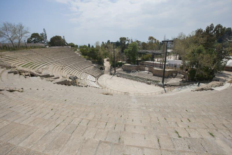 Opinião de ângulo alto do anfiteatro romano, Tunes, Tunísia foto de stock