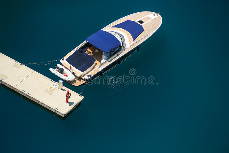 Opinião de Arial do porto de Monte - de Carlo em Mônaco fotos de stock royalty free