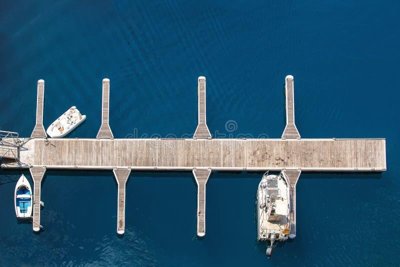 Opinião de Arial do porto de Monte - de Carlo em Mônaco imagens de stock