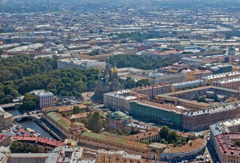 Opinião de Birdseye de St Petersburg imagens de stock royalty free