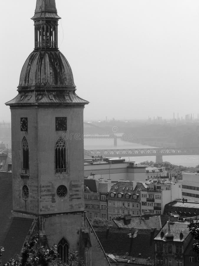 Opinião de Bratislava, Slovakia fotografia de stock