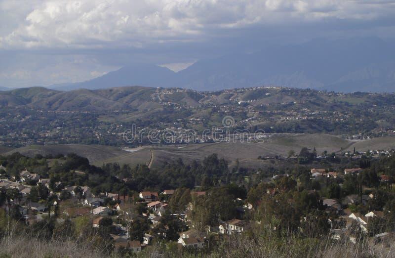 Download Opinião de Califórnia imagem de stock. Imagem de telhados - 527347