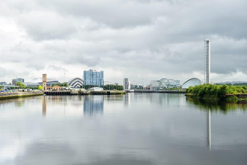 Opinião de Clyde River, Glasgow, Escócia, Reino Unido fotografia de stock royalty free