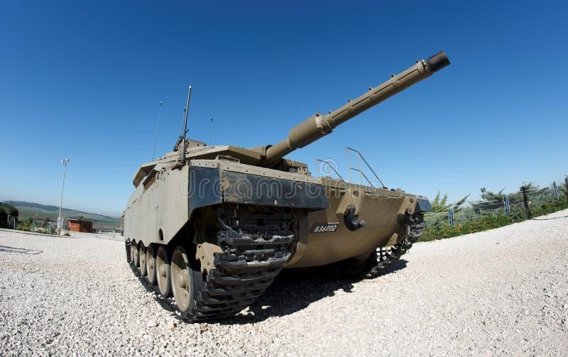 Opinião de Fisheye do tanque israelita de Merkava imagens de stock