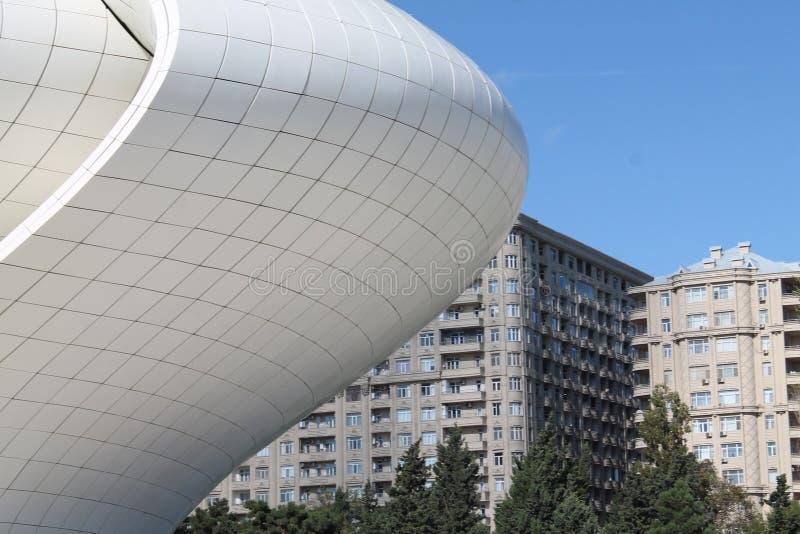 Opinião de Heydar Aliyev Center Baku Azerbaijan fotos de stock royalty free