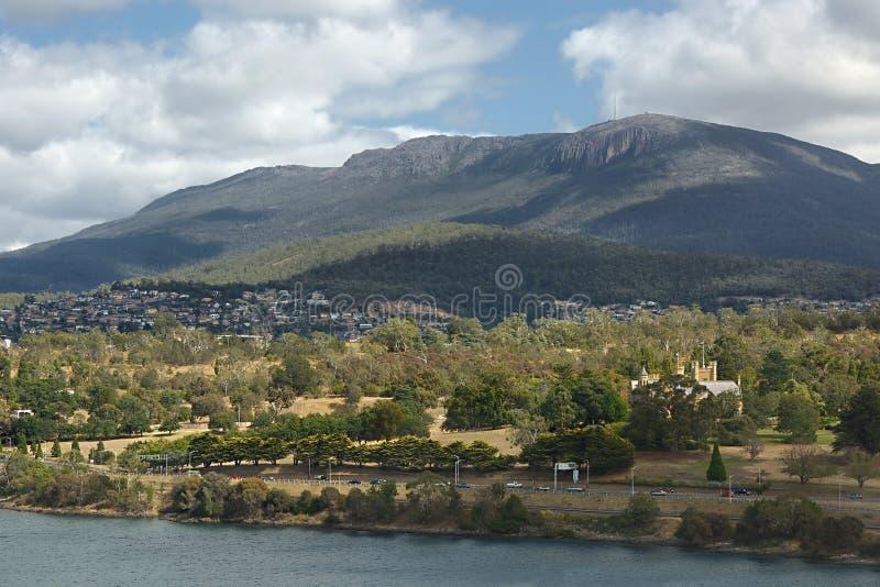 Opinião de Hobart com montagem Wellington fotos de stock royalty free