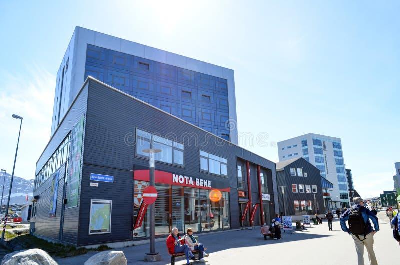 Opinião de Nuuk, capital do turista de Gronelândia imagem de stock royalty free