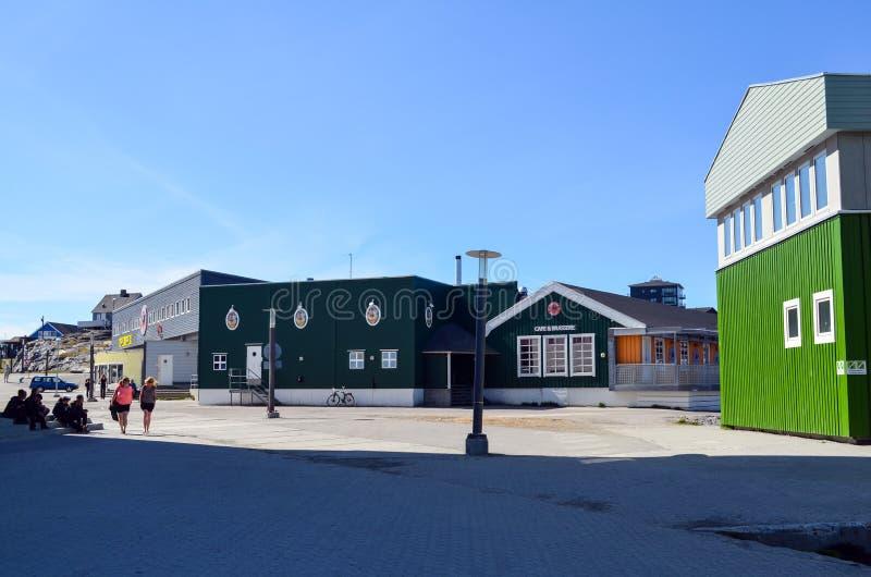 Opinião de Nuuk, capital do turista de Gronelândia fotos de stock
