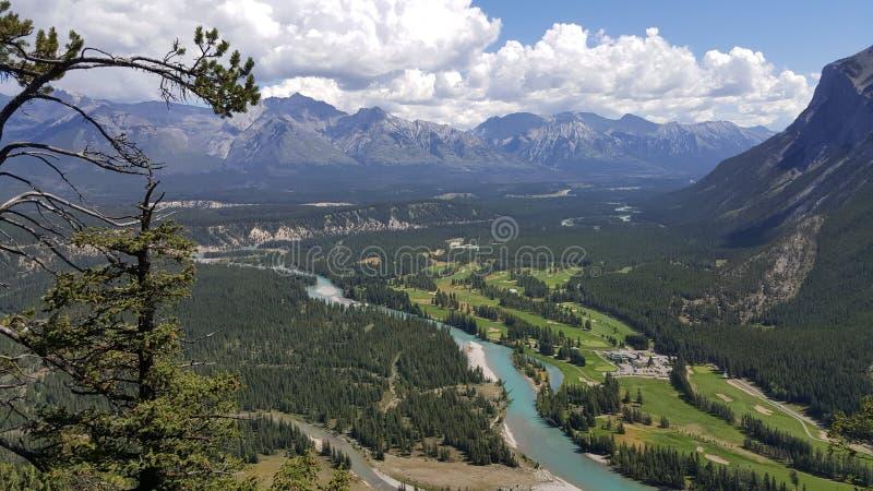 Opinião de olho de pássaro do vale no parque nacional de Banff, Alberta, Canadá fotografia de stock royalty free