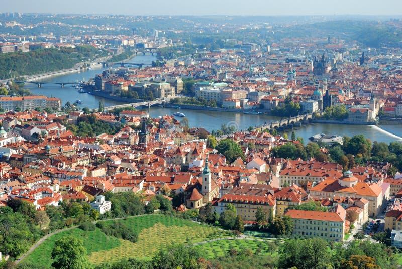 Opinião de Panoramatic da Praga imagens de stock royalty free