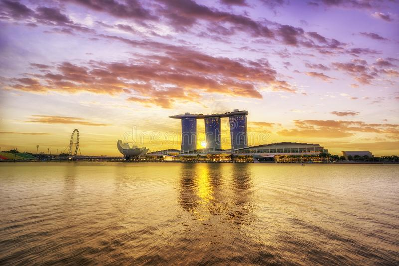 Opinião de Singapura de areias de Marina Bay imagens de stock royalty free