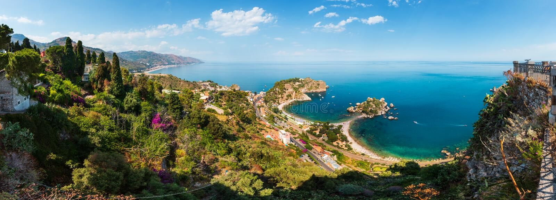 Opinião de Taormina de acima, Sicília foto de stock royalty free