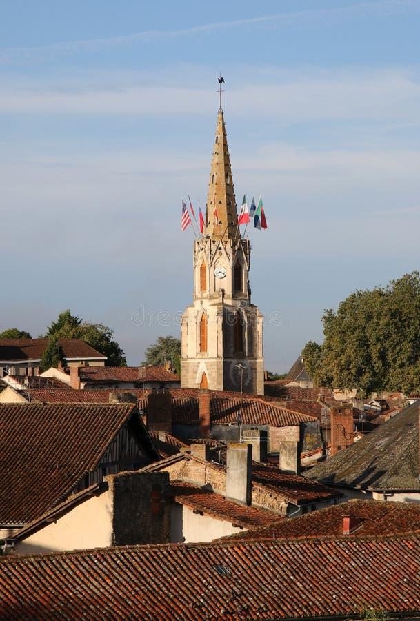 Opinião do amanhecer de Confolens medieval, França imagens de stock