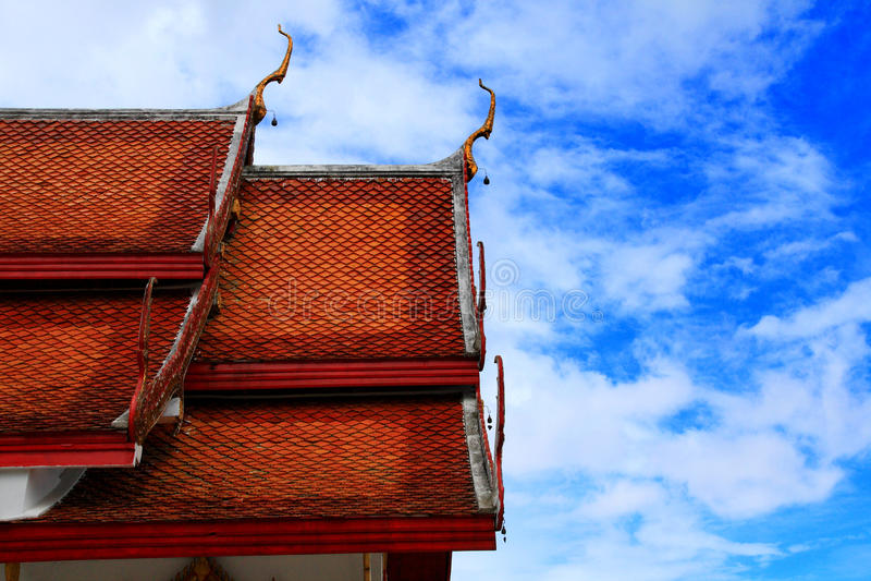 Opinião do céu do templo de Doi Suthep fotografia de stock