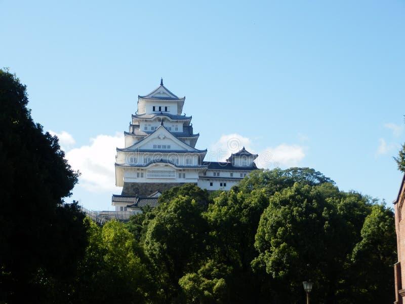Opinião do castelo de Himeji imagem de stock