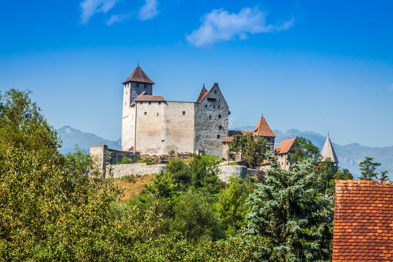 Opinião do castelo de Vaduz, Lichtenstein imagem de stock royalty free