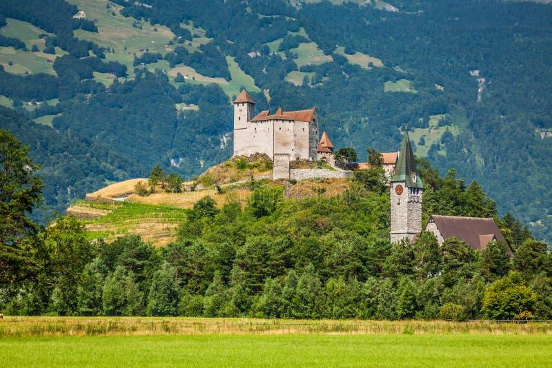 Opinião do castelo de Vaduz, Lichtenstein imagens de stock royalty free