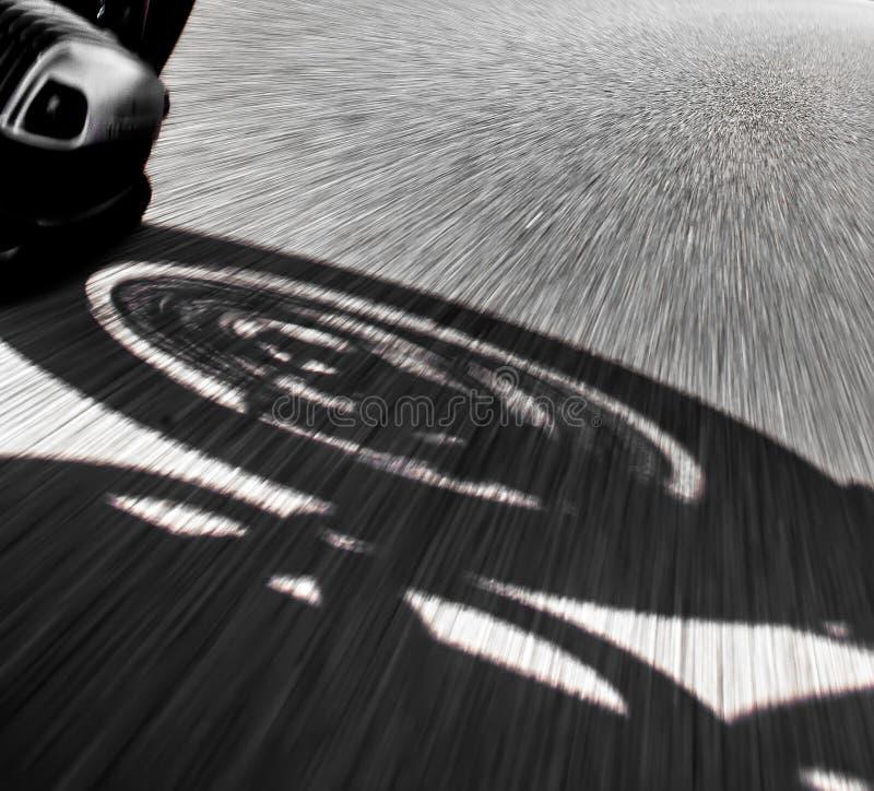 Opinião do cavaleiro da motocicleta fotografia de stock royalty free