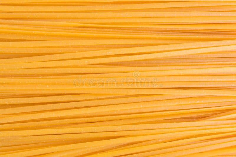 Opinião do fim da massa do milho do Linguine imagem de stock