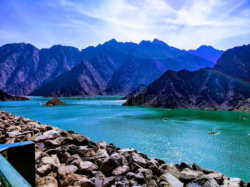Opinião do lago Hatta do dia imagens de stock royalty free