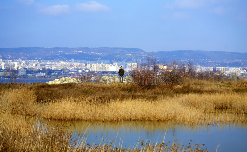 Opinião do lago Varna, Bulgária imagem de stock