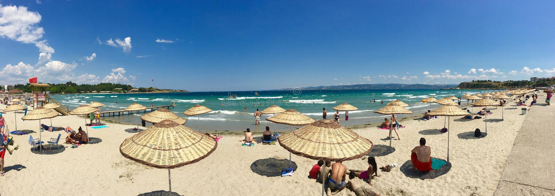 Opinião do mar do porto Gallipoli de Hamza (hamza Koyu) (Gelibolu) A cidade macedônia de Callipolis w imagens de stock