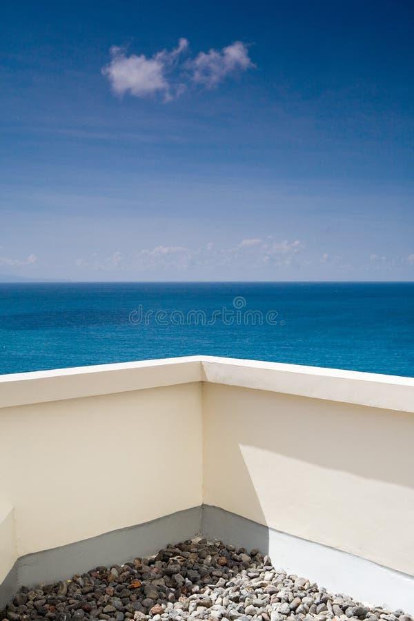 Opinião do mar no balcão imagem de stock royalty free