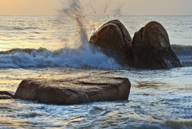 Opinião do nascer do sol no beira-mar Kuantan Malaysia foto de stock royalty free