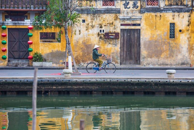 Opinião do nascer do sol na cidade velha de Hoi An vietnam imagem de stock