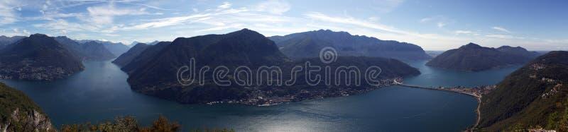 Opinião do panorama do lago lugano de Monte San Salvatore Cantão de Lugano, Ticino, Suíça fotos de stock