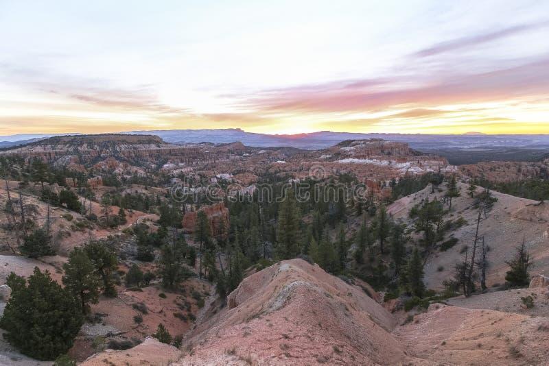Opinião do ponto do nascer do sol em Bryce Canyon na manhã imagens de stock royalty free