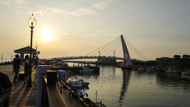 A opinião do por do sol do cais do pescador de Tamsui É um ponto cênico na ponta ocidental do distrito de Tamsui, cidade de Taipe fotos de stock royalty free