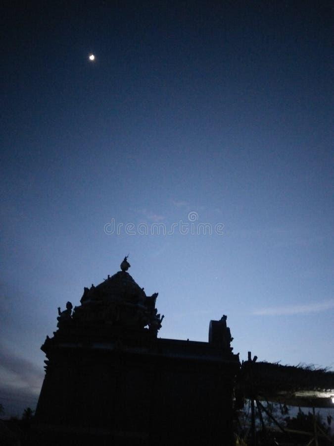 Opinião do templo fotografia de stock royalty free