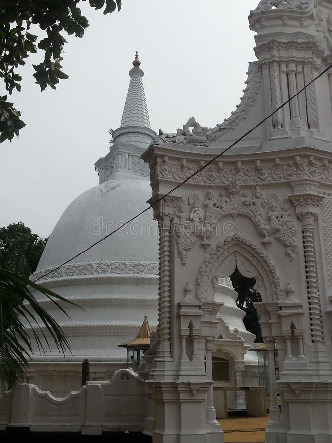 Opinião do templo imagens de stock
