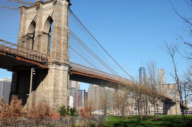 Opinião do tempo do dia da ponte de Brooklyn foto de stock royalty free