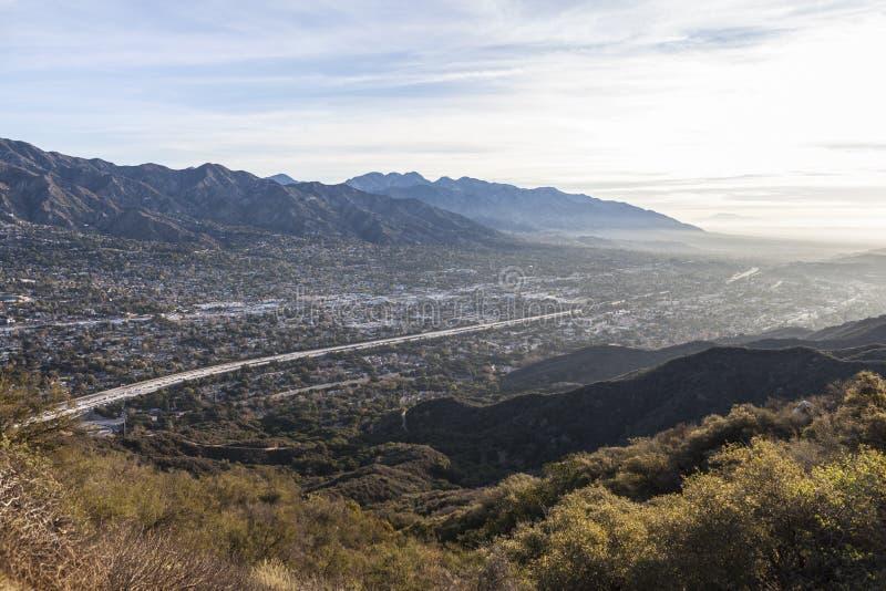 Opinião do vale da manhã de Los Angeles County fotografia de stock