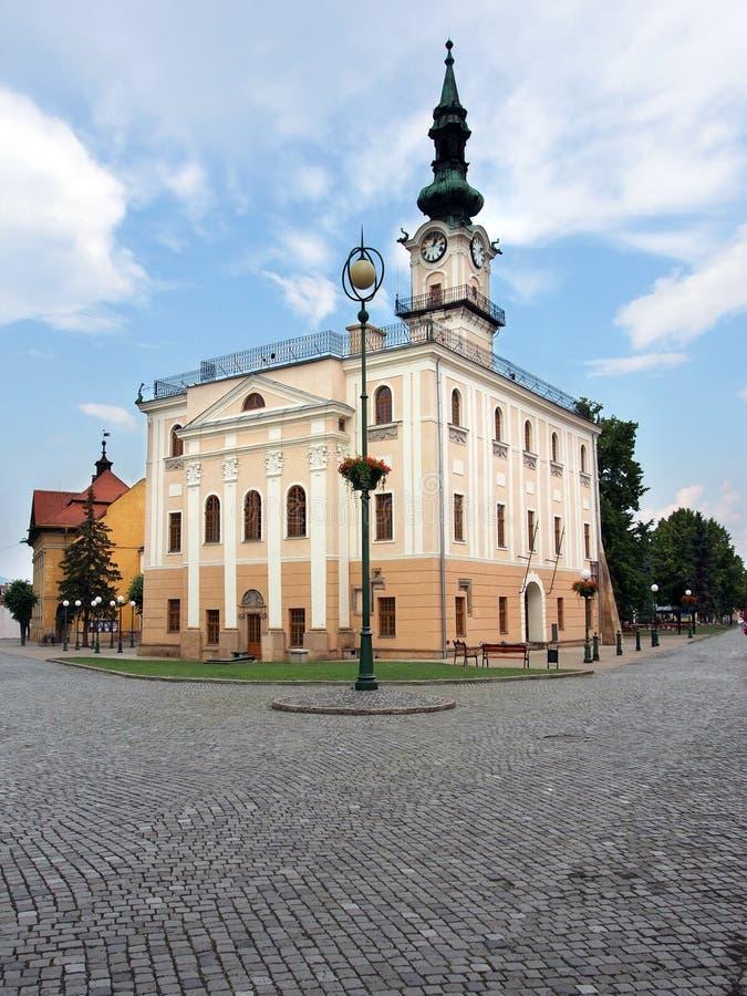 Download Câmara Municipal Histórica Em Kezmarok Foto de Stock - Imagem de alto, edifício: 29830722