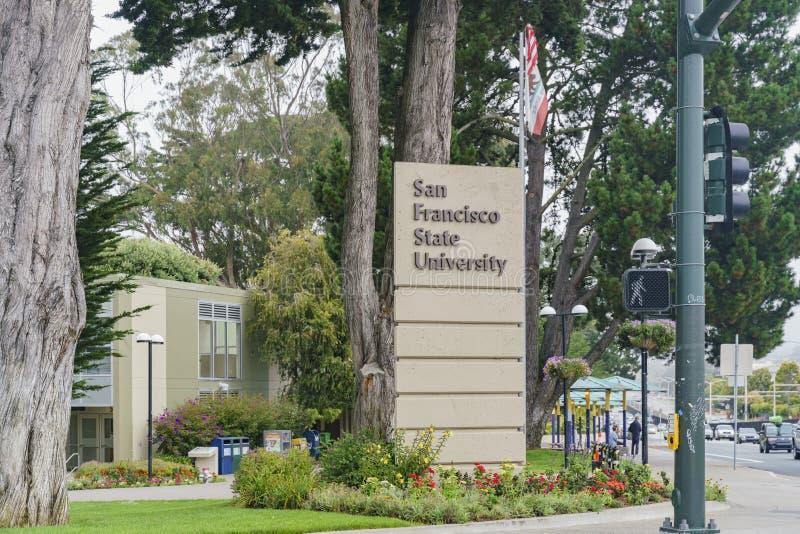 Opinião exterior o San Francisco State University fotos de stock royalty free