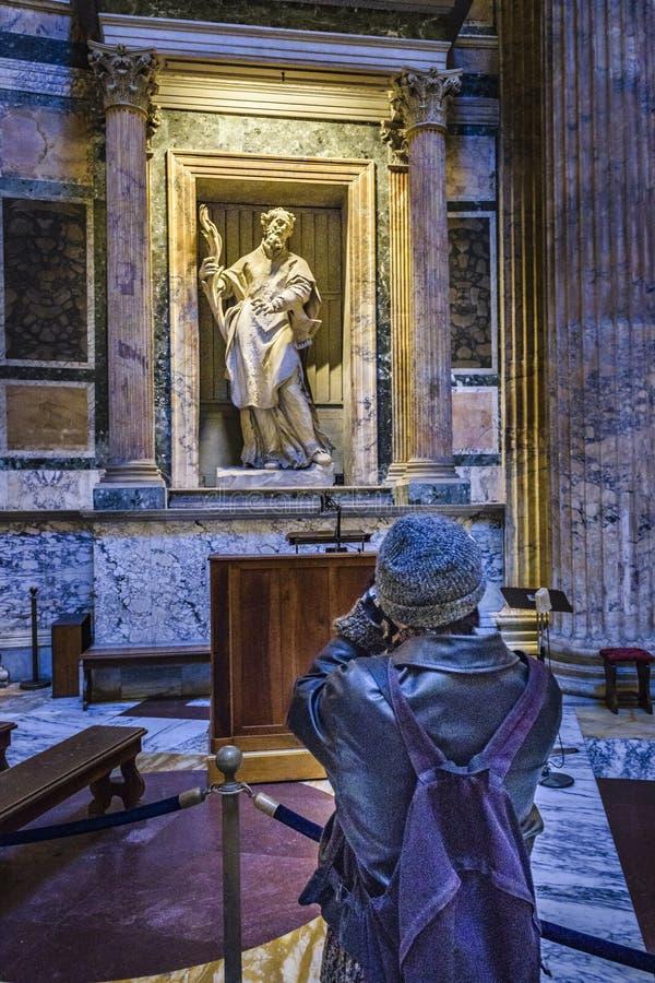 Opinião interior do panteão, Roma, Itália fotos de stock