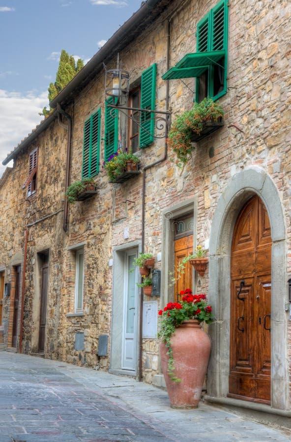 Opinião italiana de cidade pequena fotos de stock royalty free